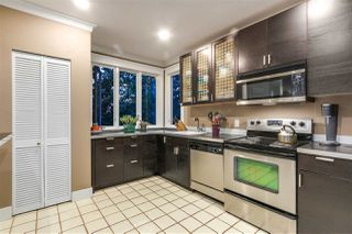 Photo 11: 1909 PARKER Street in Vancouver: Grandview VE House for sale (Vancouver East)  : MLS®# R2207383