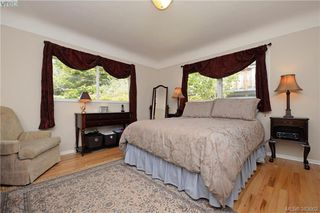 Photo 10: 2925 Eastdowne Road in VICTORIA: OB Henderson Single Family Detached for sale (Oak Bay)  : MLS®# 383662