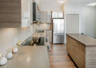 """Photo 6: 411 6875 DUNBLANE Avenue in Burnaby: Metrotown Condo for sale in """"SUBORA living near Metrotown"""" (Burnaby South)  : MLS®# R2219818"""