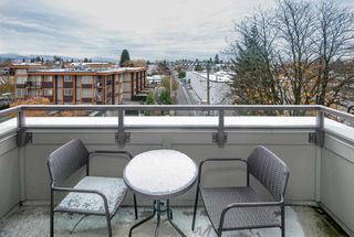 """Photo 11: 411 6875 DUNBLANE Avenue in Burnaby: Metrotown Condo for sale in """"SUBORA living near Metrotown"""" (Burnaby South)  : MLS®# R2219818"""