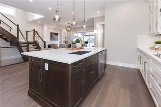 Photo 9: 416 28 AV NW in Calgary: Mount Pleasant House for sale : MLS®# C4142854