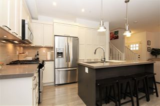 "Photo 2: 24 12161 237 Street in Maple Ridge: East Central Townhouse for sale in ""VILLAGE GREEN"" : MLS®# R2235626"