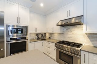Photo 3: 332 E 37TH AVENUE in Vancouver: Main House for sale (Vancouver East)  : MLS®# R2234806