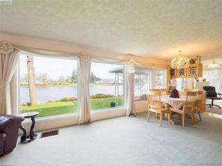 Photo 11: 916 Yarrow Pl in VICTORIA: Es Kinsmen Park House for sale (Esquimalt)  : MLS®# 780418