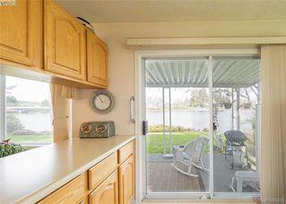 Photo 15: 916 Yarrow Pl in VICTORIA: Es Kinsmen Park House for sale (Esquimalt)  : MLS®# 780418
