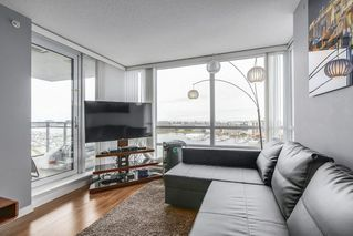 "Photo 6: 1606 3333 CORVETTE Way in Richmond: West Cambie Condo for sale in ""Wall Center Richmond"" : MLS®# R2250621"