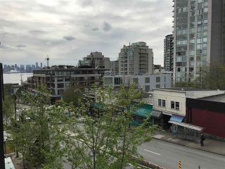 "Photo 16: 308 111 E 3RD Street in North Vancouver: Lower Lonsdale Condo for sale in ""The Versatile Building"" : MLS®# R2263071"