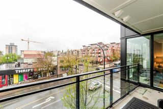 "Photo 17: 308 111 E 3RD Street in North Vancouver: Lower Lonsdale Condo for sale in ""The Versatile Building"" : MLS®# R2263071"