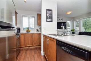 """Photo 5: 305 46150 BOLE Avenue in Chilliwack: Chilliwack N Yale-Well Condo for sale in """"THE NEWMARK"""" : MLS®# R2277832"""