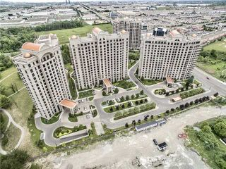 Photo 1: 1401 9245 Jane Street in Vaughan: Maple Condo for sale : MLS®# N4161683