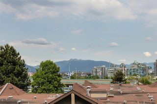 "Photo 3: 616 518 MOBERLY Road in Vancouver: False Creek Condo for sale in ""NEWPORT QUAY"" (Vancouver West)  : MLS®# R2285500"