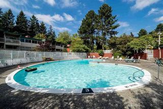 "Photo 12: 2711 WESTVIEW Drive in North Vancouver: Upper Lonsdale Townhouse for sale in ""CYPRESS GARDENS"" : MLS®# R2286535"