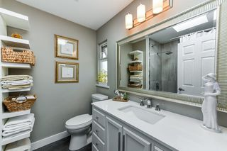 "Photo 8: 9669 206A Street in Langley: Walnut Grove House for sale in ""DERBY HILLS"" : MLS®# R2296230"