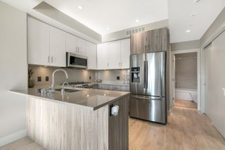 """Photo 7: 14 8288 NO 1 Road in Richmond: Boyd Park Townhouse for sale in """"CENTRO ONE WEST"""" : MLS®# R2298824"""