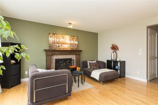 Photo 3: 108 BRIDLECREST Street SW in Calgary: Bridlewood Detached for sale : MLS®# C4203400