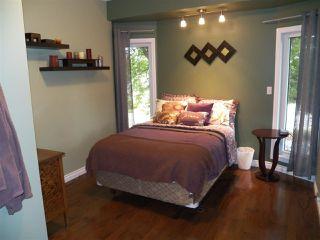 Photo 18: 246 Greenoch Crescent NW in Edmonton: Zone 29 House for sale : MLS®# E4135518