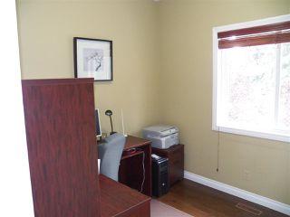 Photo 16: 246 Greenoch Crescent NW in Edmonton: Zone 29 House for sale : MLS®# E4135518