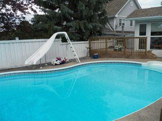 Photo 21: 246 Greenoch Crescent NW in Edmonton: Zone 29 House for sale : MLS®# E4135518