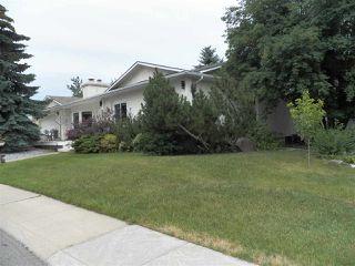 Photo 2: 246 Greenoch Crescent NW in Edmonton: Zone 29 House for sale : MLS®# E4135518
