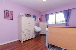 Photo 10: 15 4391 Torquay Dr in VICTORIA: SE Gordon Head Row/Townhouse for sale (Saanich East)  : MLS®# 804063