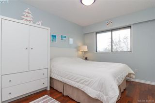 Photo 12: 15 4391 Torquay Dr in VICTORIA: SE Gordon Head Row/Townhouse for sale (Saanich East)  : MLS®# 804063