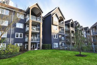 "Photo 1: 114 1190 EASTWOOD Street in Coquitlam: North Coquitlam Condo for sale in ""LAKESIDE TERRACE"" : MLS®# R2333794"