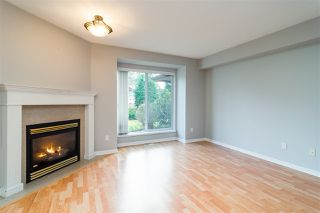 "Photo 2: 43 22740 116 Avenue in Maple Ridge: East Central Townhouse for sale in ""Fraser Glen"" : MLS®# R2334439"