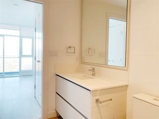 """Photo 16: 4709 4670 ASSEMBLY Way in Burnaby: Metrotown Condo for sale in """"STATION SQUARE 2"""" (Burnaby South)  : MLS®# R2336206"""
