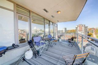 "Photo 16: 2006 888 CARNARVON Street in New Westminster: Downtown NW Condo for sale in ""MARINUS"" : MLS®# R2338912"