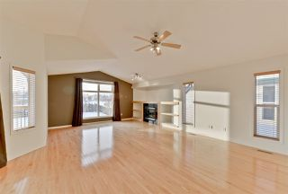 Photo 7: 2330 TAYLOR Close in Edmonton: Zone 14 House for sale : MLS®# E4143058