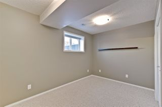 Photo 23: 2330 TAYLOR Close in Edmonton: Zone 14 House for sale : MLS®# E4143058