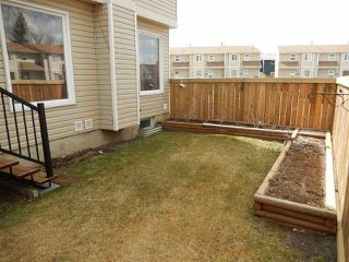 Photo 19: 427 DUNLUCE Road in Edmonton: Zone 27 Townhouse for sale : MLS®# E4143891