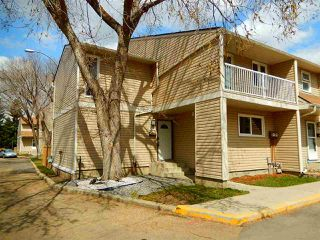 Main Photo: 427 DUNLUCE Road in Edmonton: Zone 27 Townhouse for sale : MLS®# E4143891