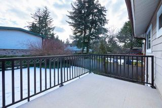 Photo 18: 15236 FLAMINGO Place in Surrey: Bolivar Heights House for sale (North Surrey)  : MLS®# R2348989