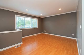 Photo 8: 15236 FLAMINGO Place in Surrey: Bolivar Heights House for sale (North Surrey)  : MLS®# R2348989