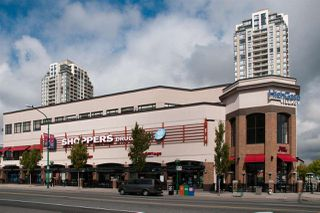 "Photo 10: PH1 7383 GRIFFITHS Drive in Burnaby: Highgate Condo for sale in ""EIGHTEEN TREES"" (Burnaby South)  : MLS®# R2356524"