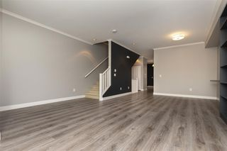 """Photo 4: 27 2929 156 Street in Surrey: Grandview Surrey Townhouse for sale in """"TOCCATA"""" (South Surrey White Rock)  : MLS®# R2360560"""