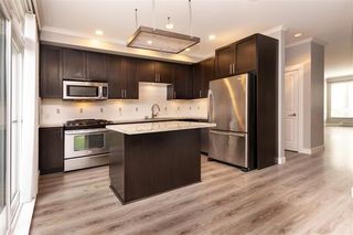 """Photo 8: 27 2929 156 Street in Surrey: Grandview Surrey Townhouse for sale in """"TOCCATA"""" (South Surrey White Rock)  : MLS®# R2360560"""