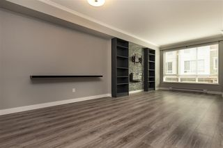"""Photo 2: 27 2929 156 Street in Surrey: Grandview Surrey Townhouse for sale in """"TOCCATA"""" (South Surrey White Rock)  : MLS®# R2360560"""