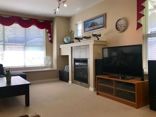 """Photo 5: 61 20460 66 Avenue in Langley: Willoughby Heights Townhouse for sale in """"WILLOW EDGE"""" : MLS®# R2370198"""