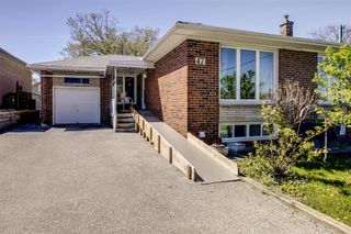 Photo 23: 47 Deevale Road in Toronto: Downsview-Roding-CFB House (Bungalow) for sale (Toronto W05)  : MLS®# W4458656