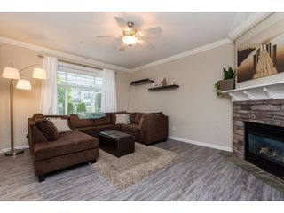 "Photo 3: 17 32849 EGGLESTONE Avenue in Mission: Mission BC Townhouse for sale in ""Cedar Valley Townhomes"" : MLS®# R2373448"