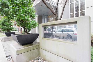 """Main Photo: 408 1001 HOMER Street in Vancouver: Yaletown Condo for sale in """"THE BENTLEY"""" (Vancouver West)  : MLS®# R2378269"""
