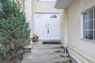 Photo 5: 322 WEBER Way in Edmonton: Zone 20 House for sale : MLS®# E4161775