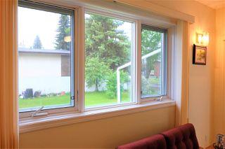 Photo 5: 9351 95 Street in Edmonton: Zone 18 House for sale : MLS®# E4161918