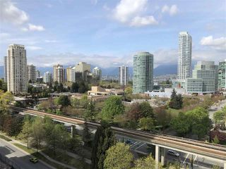 "Photo 3: 1208 6333 SILVER Avenue in Burnaby: Metrotown Condo for sale in ""SILVER"" (Burnaby South)  : MLS®# R2381311"