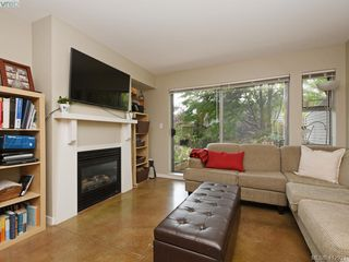 Photo 3: 101 90 Regatta Landing in VICTORIA: VW Victoria West Condo Apartment for sale (Victoria West)  : MLS®# 412921