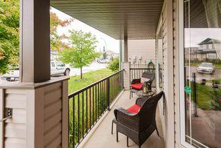 Photo 2: 14018 158A Avenue in Edmonton: Zone 27 House for sale : MLS®# E4164062