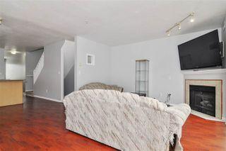 "Photo 4: 3 8814 216 Street in Langley: Walnut Grove Townhouse for sale in ""Redwoods Corner"" : MLS®# R2386536"