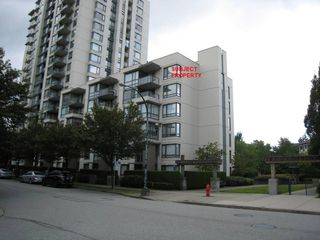 """Photo 2: 612 3588 CROWLEY Drive in Vancouver: Collingwood VE Condo for sale in """"NEXUS"""" (Vancouver East)  : MLS®# R2386677"""
